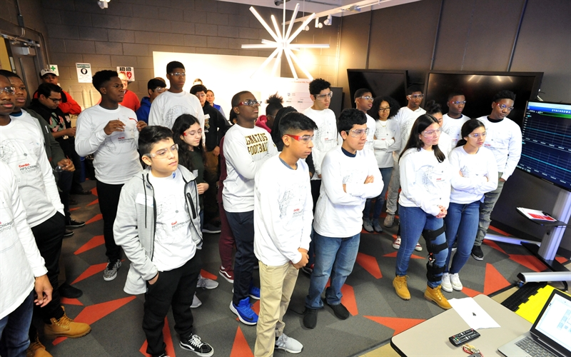 ComEd Partners with HFS Scholars to Provide Real-World STEM Education