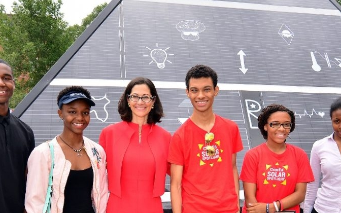 A SOLAR-POWERED PYRAMID RISES IN BRONZEVILLE